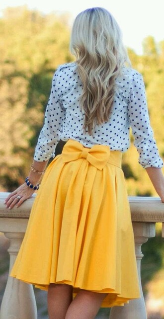 skirt yellow bow