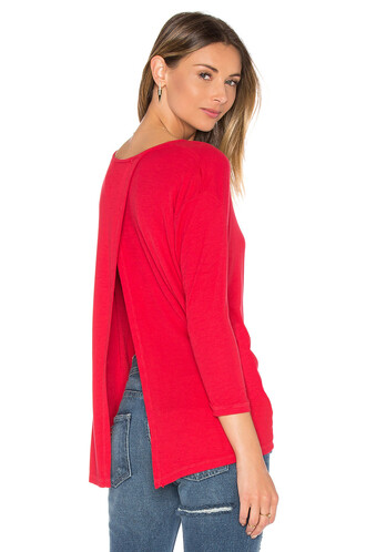 top back red