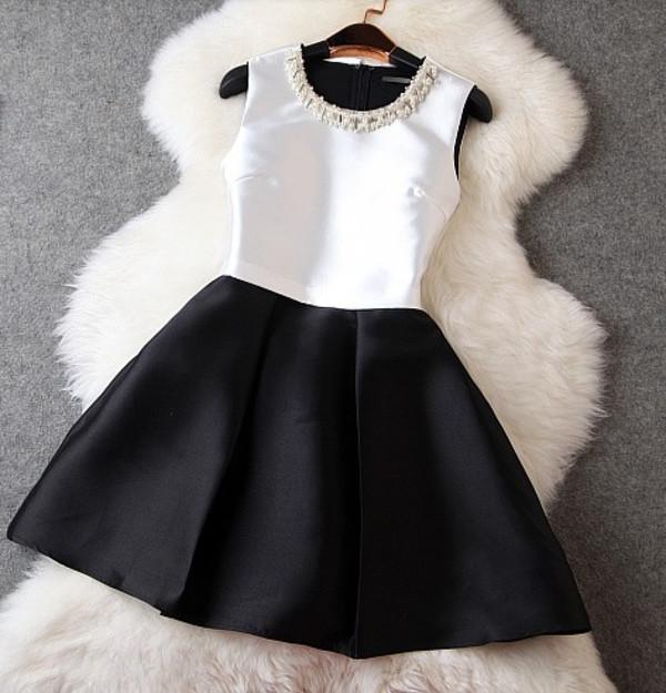 black and white dress dress chic graduation dress black and white classy black white dress black and white cute dress cocktail dress