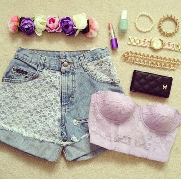 floral cute lace up shorts flowered shorts vans, floral, indie, hippie, hipster, grunge, shoes, girly, tomboy, skater tank top hat essie chanel nail polish
