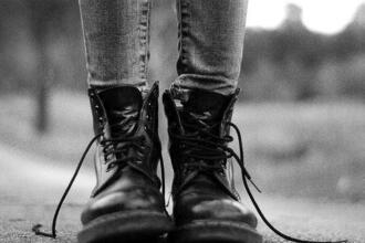 shoes vintage boots leather boots indi blogger lace up jeans army boots combat boots rock grunge