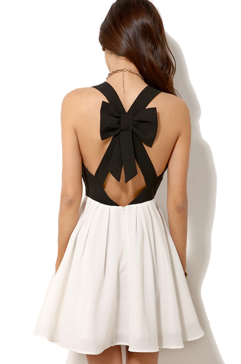 Black & white criss cross back bowknot pleated dress