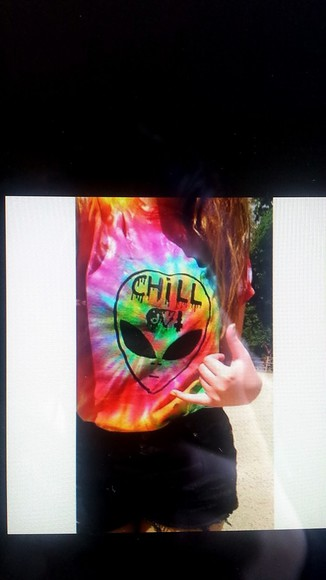 amazing girl hippie chill alien colorful chill out tank top chill or be chilled t-shirt