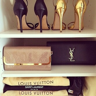 bag louis vuitton heels handbag clutch new colorful instagram look style fashion new years resolution lookbook shoes
