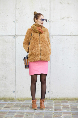from brussels with love blogger coat skirt shoes sweater scarf bag