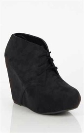 shoes,booties,boots,ankle boots,wedge booties,black suede booties,4 inch wedge,tall shoe,lace up,black,suede,wedges,laces