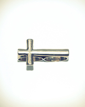 cross,ring,silver ring,jewels