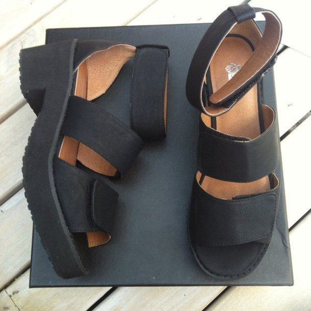 shoes black shoes sandal heels open toes platform sandals