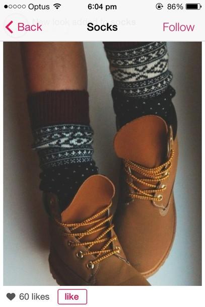 underwear shoes socks aztec warm boots combat boots pattern pattern t-shirt aztec leggings brown combat boots