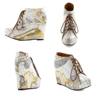 shoes wedges map print