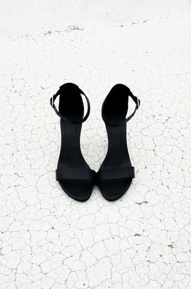 shoes sandals open toes black high heels black high heels matte black open toe shoes black shoes shoes, heels, pumps, high heels, black