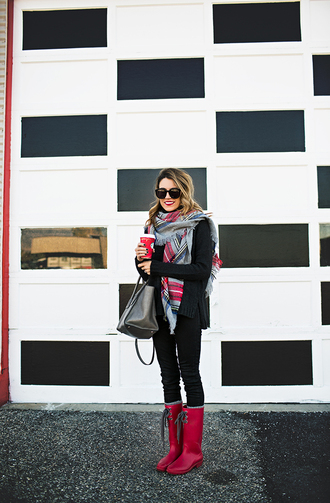 hello fashion blogger gloves wellies blanket scarf bag