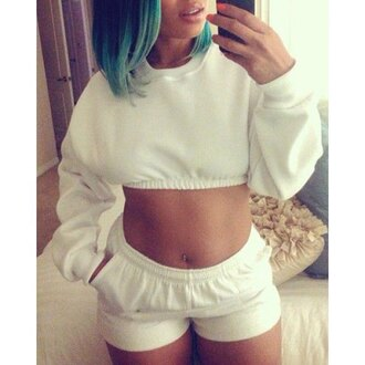 sweater crop tops white long sleeves shorts two-piece comfy sportswear cool sporty trendsgal.com