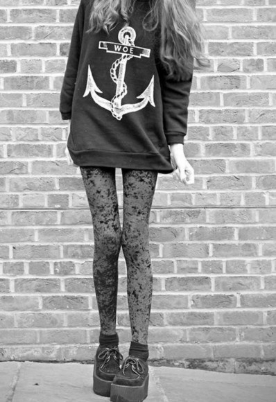 anchor sweater leggings shoes platform shoes creepers pants woe black spots spotted black and white shirt anchor shirt summer outfits cute hipster goth hipster soft grunge pastel grunge boho punk chain