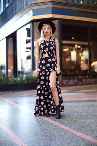 evelinas fashion cafe blogger hat cut-out dress halter dress roses slit dress dress shoes bag