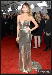 dress,gold,gold dress,chrissy teigen