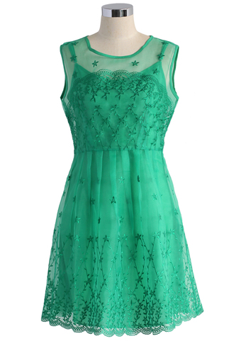dress bliss embroidered organza dress in emerald green chicwish green dress organza dress