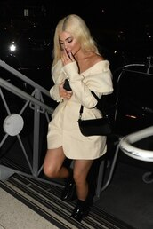 shoes,kylie jenner,kardashians,celebrity,fall outfits,boots