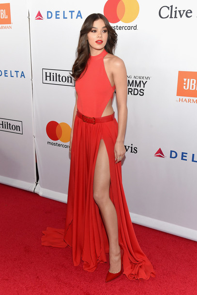 Dress Red Dress Red Red Carpet Dress Hailee Steinfeld Pumps Slit Dress Slit Sexy Dress Grammys Wheretoget