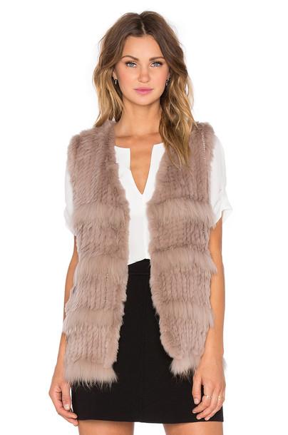 Heartloom vest fur vest fur taupe
