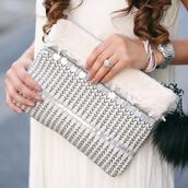bag,silver,white,off-white,cream,white clutch,off white clutch,silver clutch,silver bag,girly silver bag,embroidered,embroidered clutch,embroidered bag,off white bag,whte bag,silver purse,white purse,white purses,off white purse,cream purse,embroidered purse,blogger,blogger chic,metallic,metallic clutch