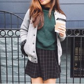 sweater,skirt,baseball jacket,grid,quilted sweater,green,black,white,teddy,grey,college,outfit,style,street,women,checkered skirt