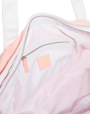 Wildfox | Wildfox – Bel Air – Strandtasche aus Segeltuch mit Palmendruck bei ASOS