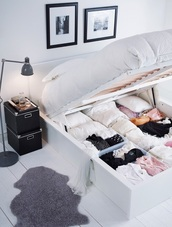 bedding,home decor,lifestyle,home accessory,closet,bedroom,white