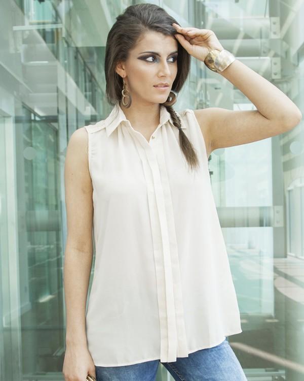 blouse top shirt boutique envy boutique boutiquefashions shimmer chiffon chiffon blouse style cuff bracelet cuffs easy style jeans cream yan neo yan neo london london look london london style