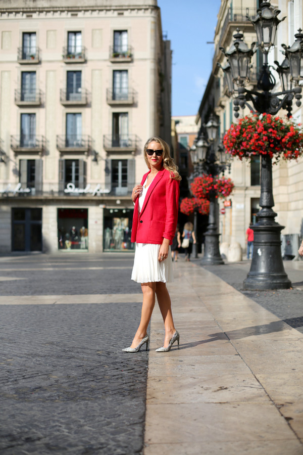 the classy cubicle jacket skirt shoes jewels sunglasses shirt