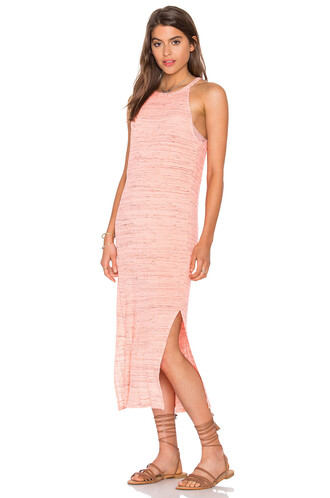 dress space coral