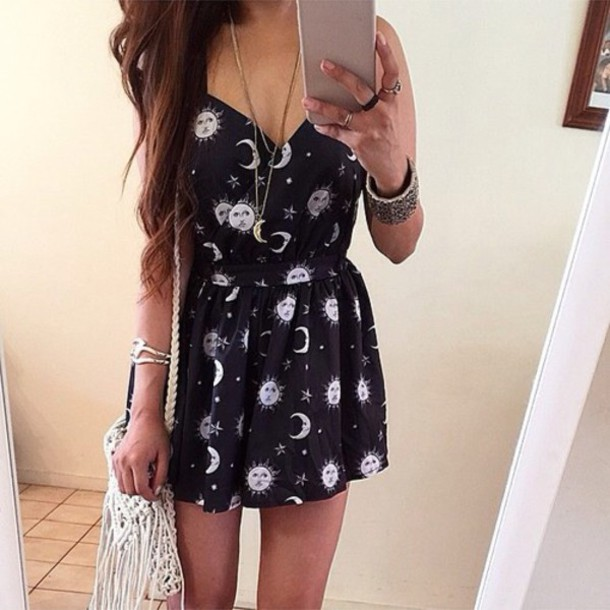 dress sun moon grunge moon witch witchcraft night goth pastel goth tumblr melonlady stars jewels bag