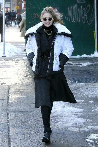 jacket winter outfits winter jacket gigi hadid model off-duty skirt