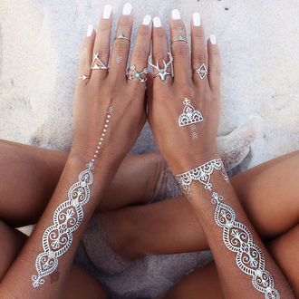 jewels jewelry ring silver silver ring boho boho chic bohemian boho jewelry temporary tattoo knuckle ring midi rings hand jewelry silver jewelry