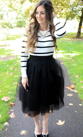 looks like rein blogger skirt top shoes jewels bag