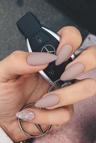 nail polish nude nails nude nails polished look