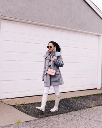 hallie daily blogger coat leggings sunglasses top shoes bag grey coat chanel bag wellies boots winter outfits