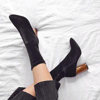 shoes tumblr velvet velvet shoes velvet boots thick heel block heels pointed boots