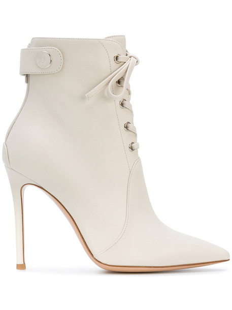 Gianvito Rossi women leather white shoes