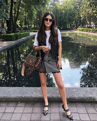 skirt grey skirt buttoned skirt bag shoes white top sunglasses