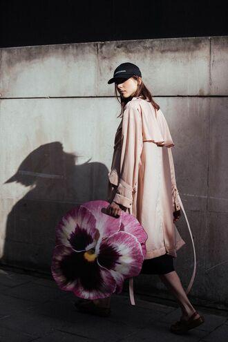 coat london fashion week 2017 fashion week 2017 fashion week streetstyle duster coat pink coat bag floral sandals flat sandals cap