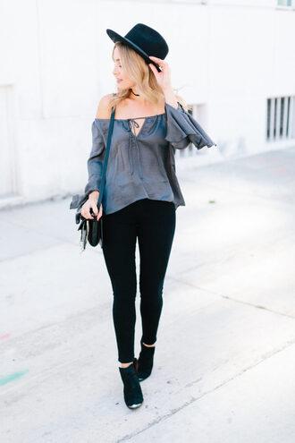 blondecollective blogger top hat bag shoes off the shoulder top felt hat skinny jeans shoulder bag ankle boots
