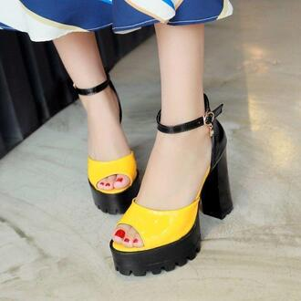 shoes platform sandals black yellow peep toe heels heels