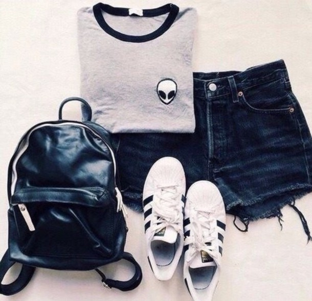 693914c810 t-shirt alien grunge outfit shorts brandy melville adidas shoes adidas  superstars backpack back to