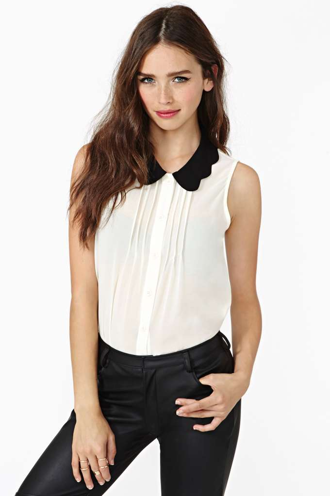 Scalloped Tux Top at Nasty Gal