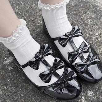 shoes black bows black bows tripple bow kawaii kawaii grunge kawaii dark lolita soft grunge pale grunge cute lovely cute shoes princess