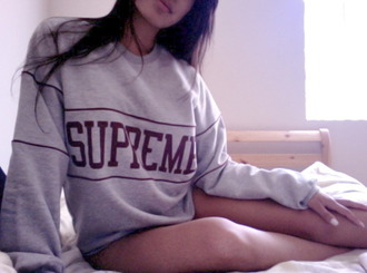 shirt supreme sweat t-shirt swag sweater crewneck hipster tumblr red dope grunge fashion vintage grey sweater oversized sweater boyfriend sweater supreme sweater hoodie crewneck sweatshirt grey old sweatshirt pale indie