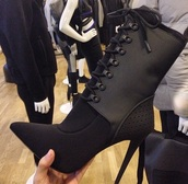 shoes,boots,high heels,black high heels,black dress,black heels,ankle boots,fashion,style,trendy,all black everything,chic