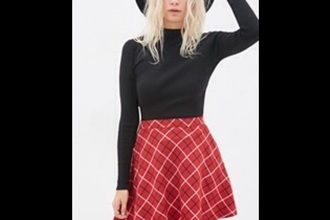 top black top plaid skirt neck top style plaid grunge top blonde hair grunge grunge wishlist long sleeves skirt fashion red dress long sleeve crop top red skirt blouse t-shirt black crop top