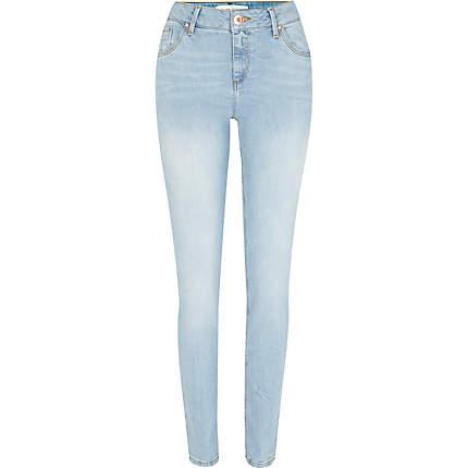 Free shipping and returns on Women's Light Blue Wash Jeans & Denim at dexterminduwi.ga